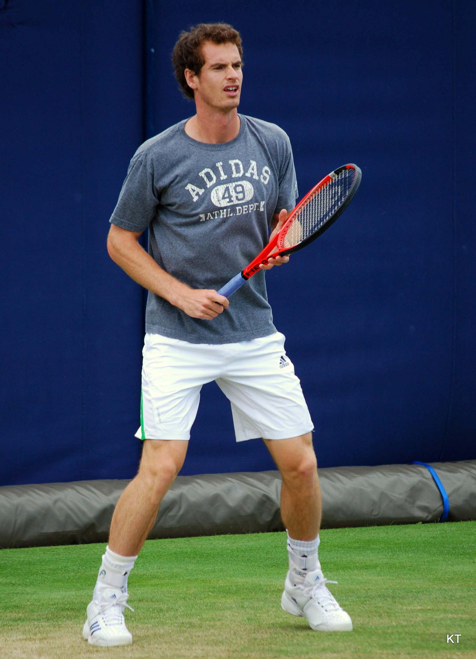 Andy Murray practicing tennis